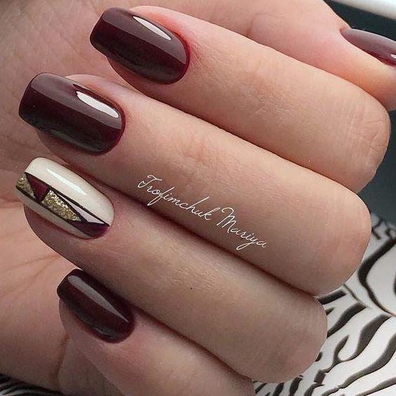 Bordowe paznokcie z eleganckim wzorkiem