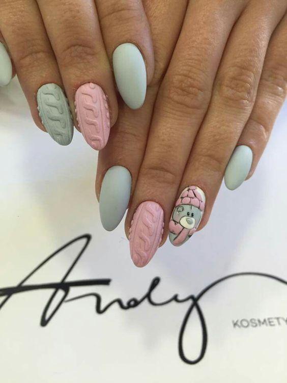 Sweterkowe paznokcie z wzorkami