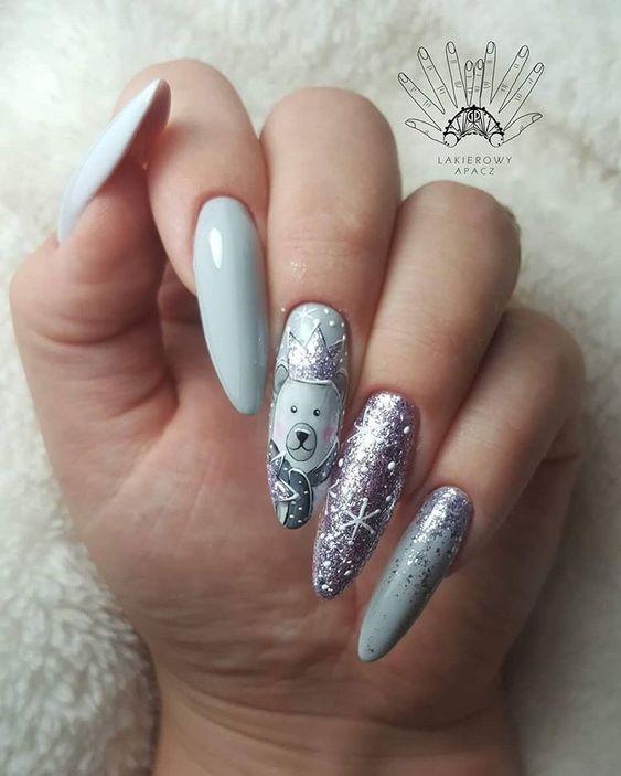 Zimowe paznokcie z wzorkami