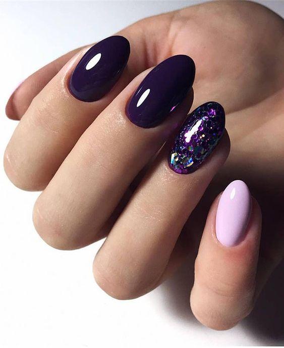 Fioletowe paznokcie na zimę