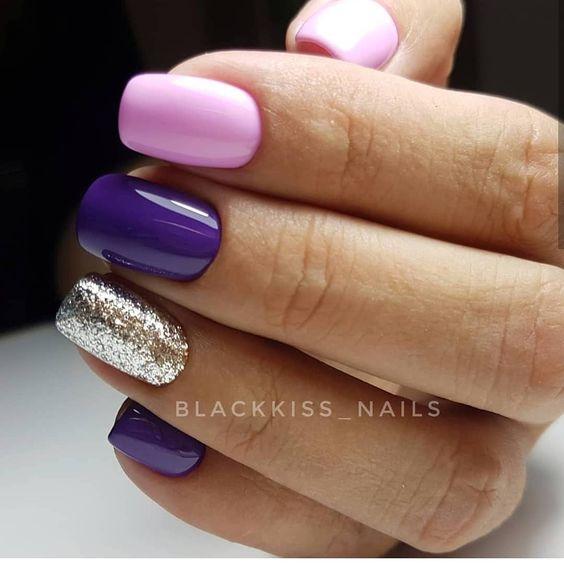 Różowo fioletowe paznokcie