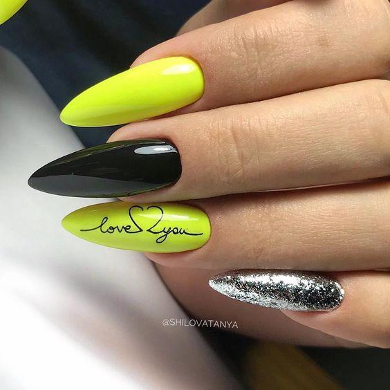 Czarno żółte paznokcie