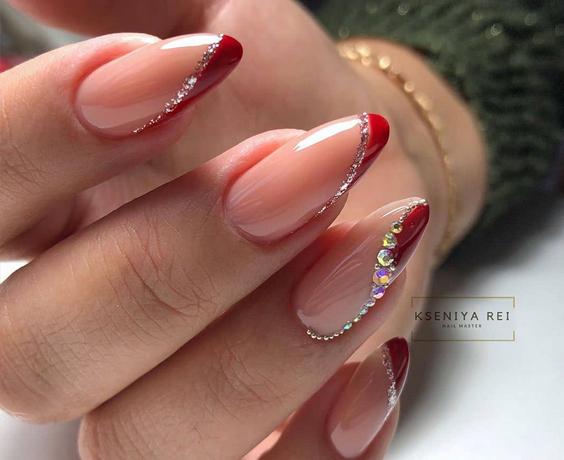 Czerwony manicure na ślub