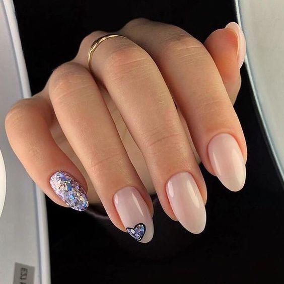 Naturalne paznokcie na ślub