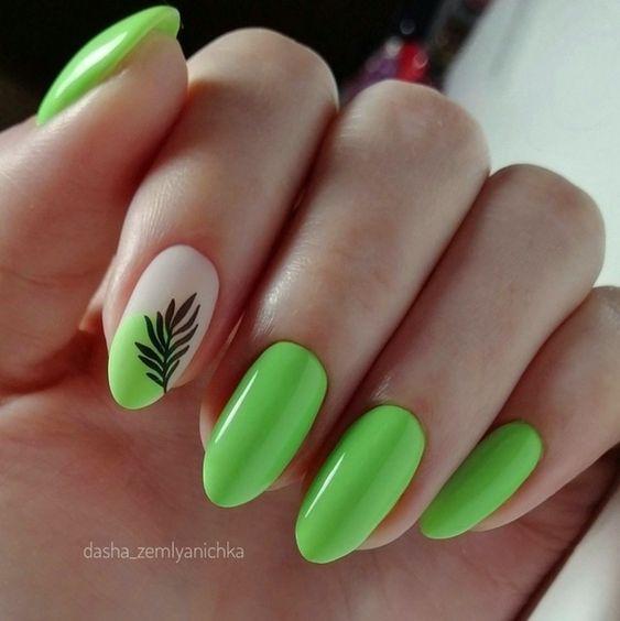 Zielone paznokcie na lato