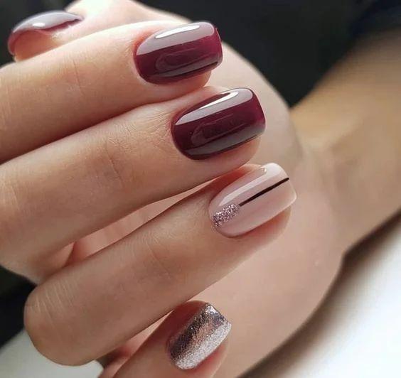 Bordowo beżowe paznokcie na jesień
