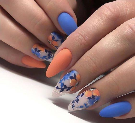 Niebiesko pomarańczowe paznokcie