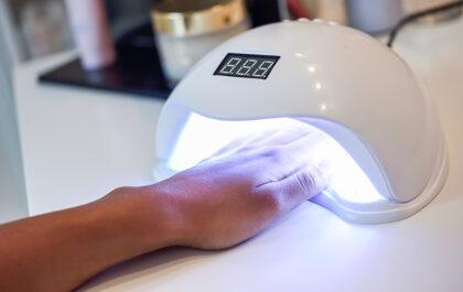 Jak zrobić manicure hybrydowy?