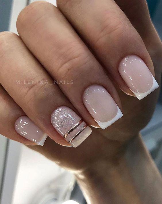 Naturalne paznokcie z frenchem