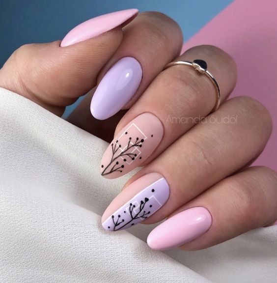 Wiosenne paznokcie z wzorkami