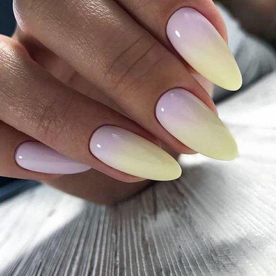 Różowo żółte paznokcie z ombre