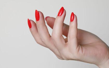 Żel samopoziomujący do paznokci - co to takiego?