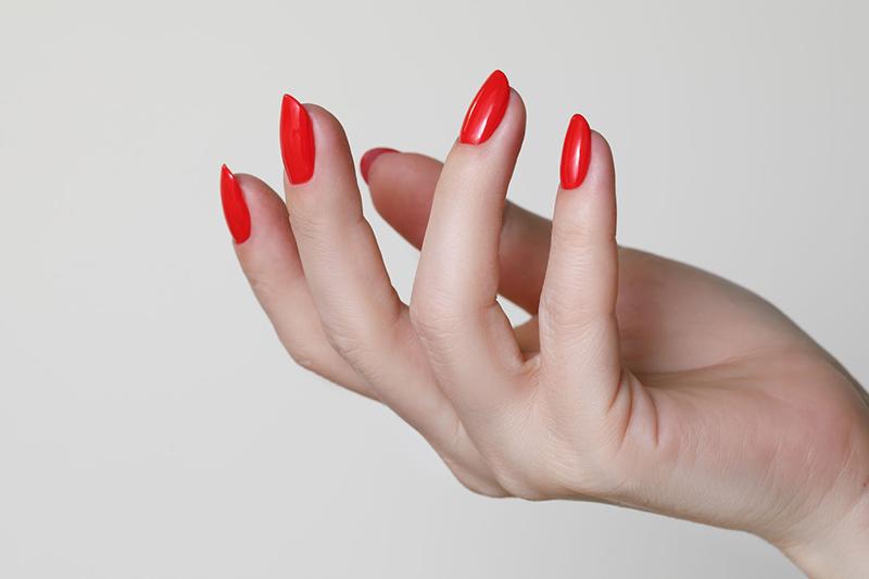 Żel samopoziomujący do paznokci – co to takiego?