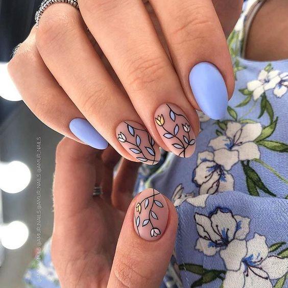 Lawendowe paznokcie na wiosnę