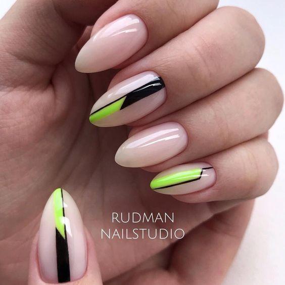 Neonowe wzorki na wakacyjnych paznokciach